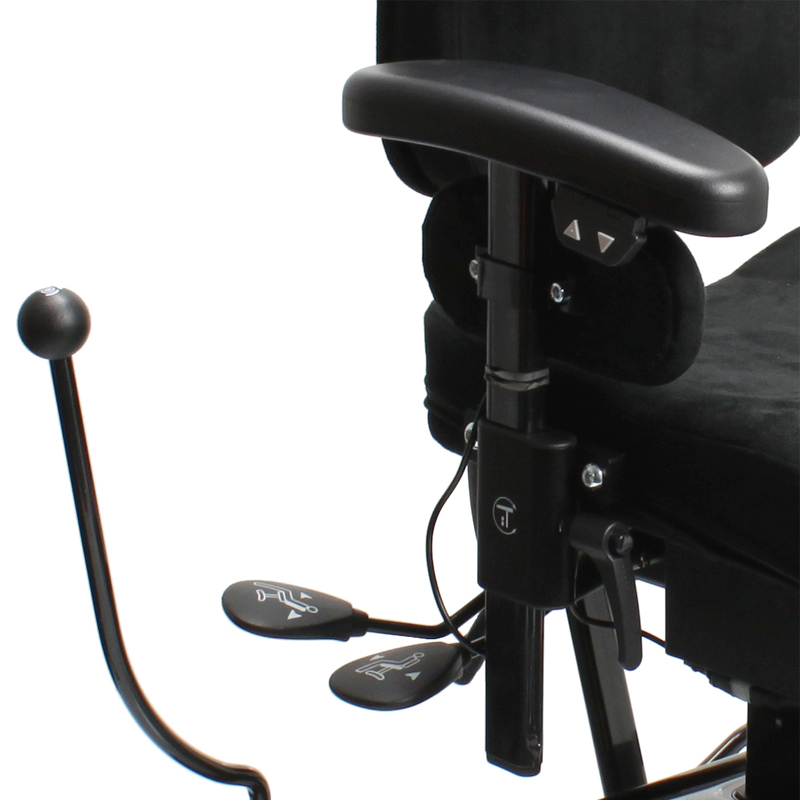VELA Tango 100ES Childrens chair - Close up of controls